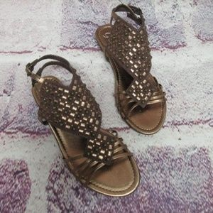 New Sandals Shoes Size 5.5 Woman Bronze Bling Cute